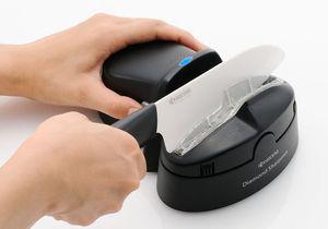 наточить керамический нож